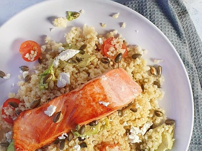 Salmon with bulgar wheat salad