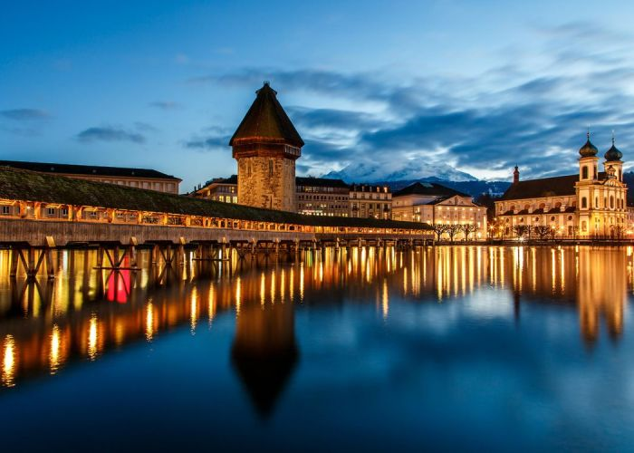 16 – Lucerne and the Wooden Chapel Bridge