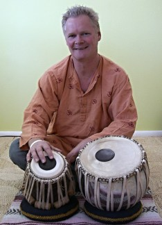 Daniel Hirtz on Tabla