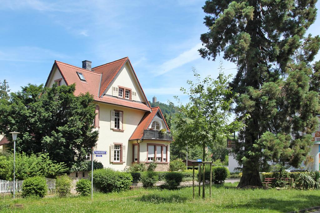 Duft-Reisende – Im Villenviertel von Heppenheim