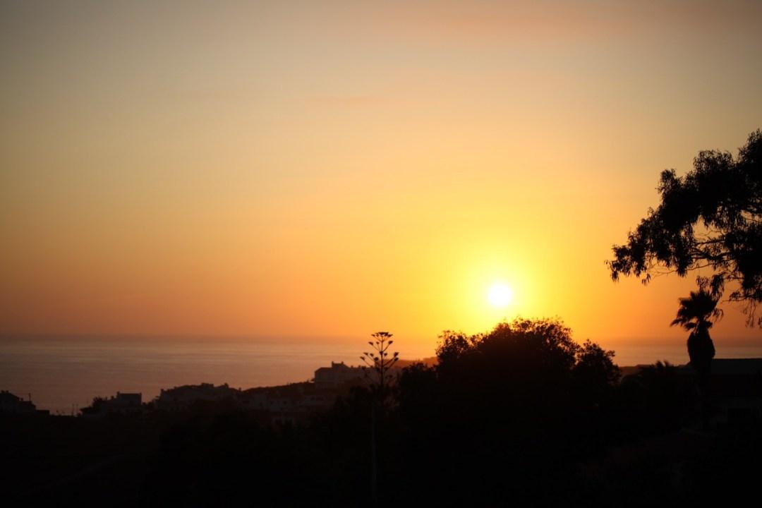 Duft-Reisende – Portugal- Elska Kitchen- Blick von der Terasse in den Sonnenuntergang