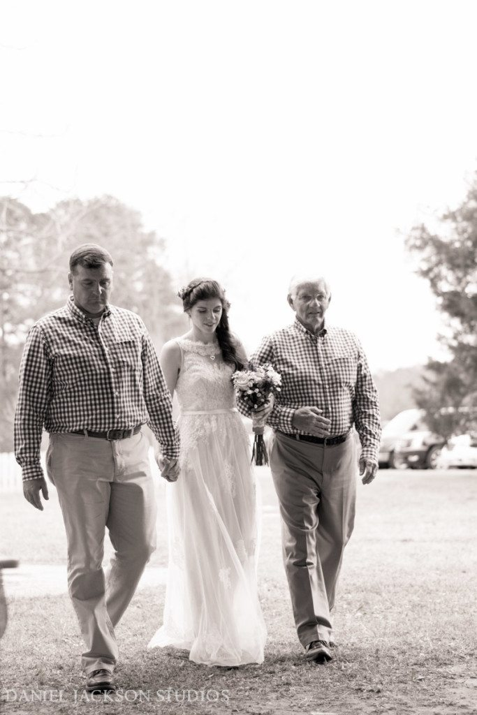 Barn-Fall-Midday-Chesapeake-Wedding-49
