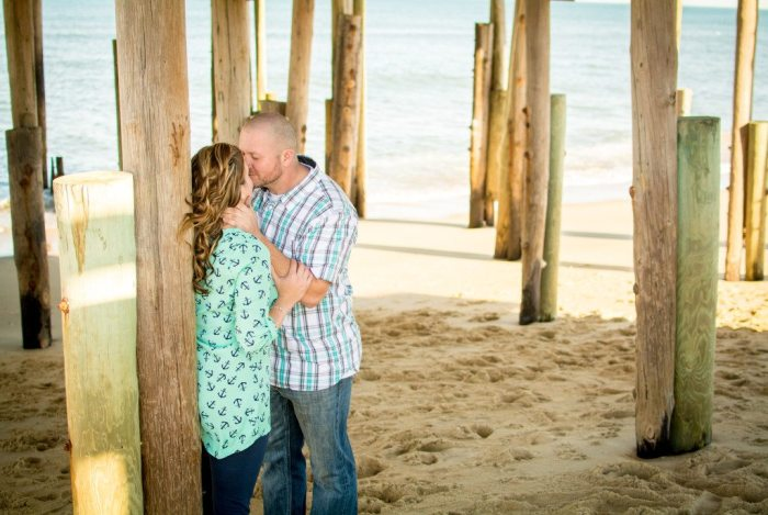 sam-heather-engagement-virginia-beach-nags-head-engagement-photography-photographer-wedding-love-sunset-spring-casual-fun-relaxed-together-ring-beautiful-vibrant-lush-full-black-white-25