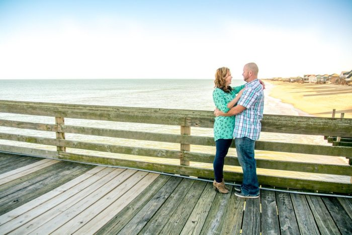 sam-heather-engagement-virginia-beach-nags-head-engagement-photography-photographer-wedding-love-sunset-spring-casual-fun-relaxed-together-ring-beautiful-vibrant-lush-full-black-white-35