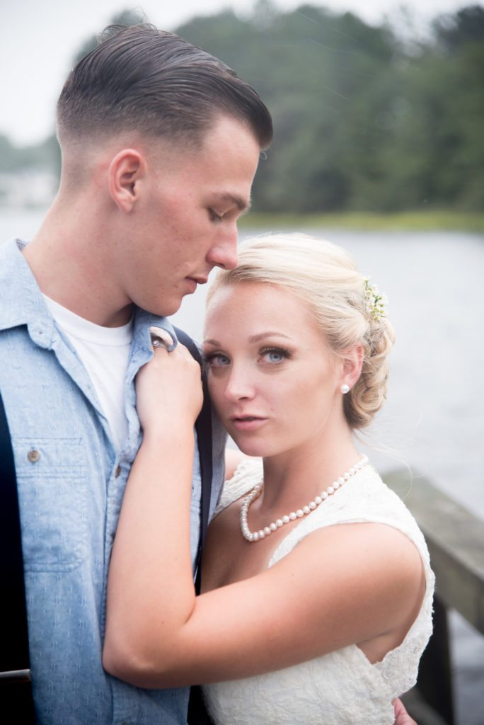 daniel-jackson-studios-chesapeake-virginia-sir-izaac-walton-park-rain-summer-indoor-wedding-68