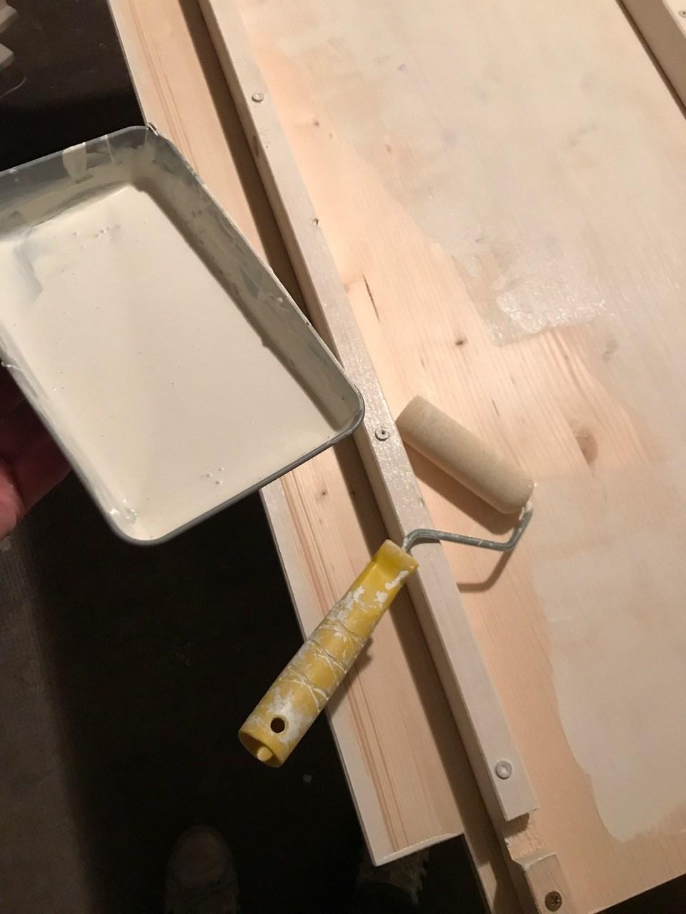 Schwerlastregal mit LED Beleuchtung für die Abstellkammer