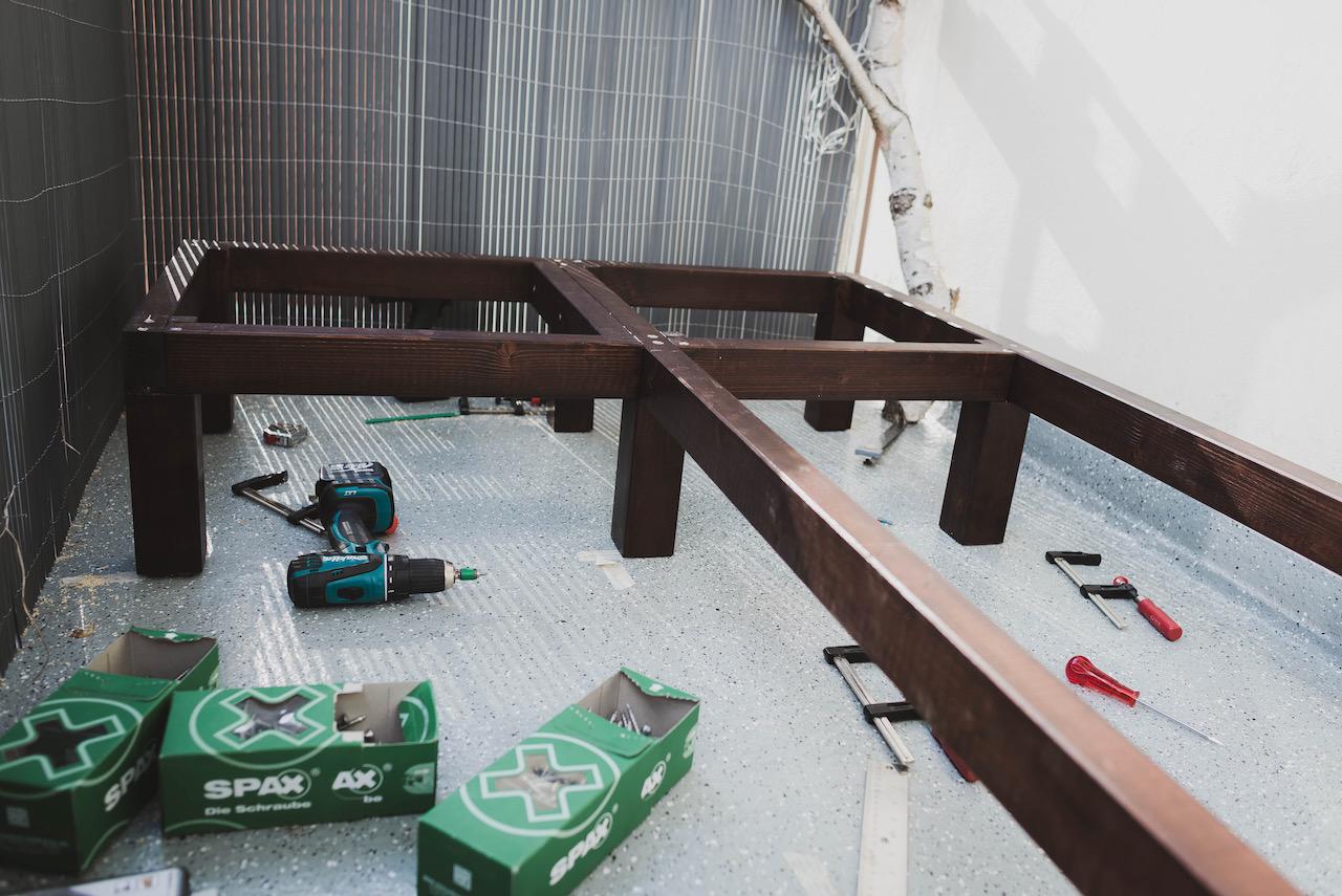 Eine Balkonbank selber bauen