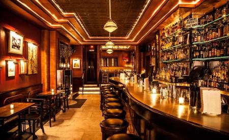 hidden-speakeasy-bars-nyc-02.jpg