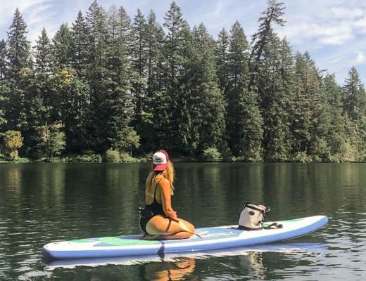 paddle boarding in summer Oregon - Danielle Comer Blog