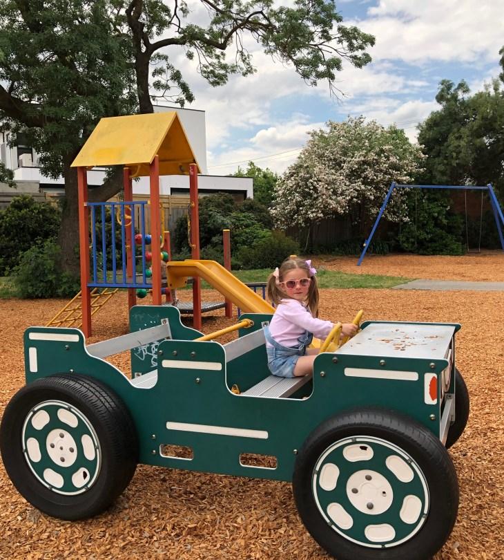 melbourne playgrounds clyde jones reserve thornbury