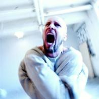 Portrait de Jens Kidman chanteur du groupe Meshuggah