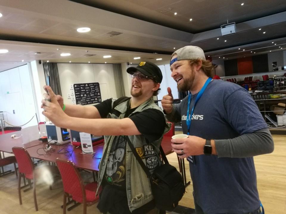 Pokon & Dave Taking Selfies