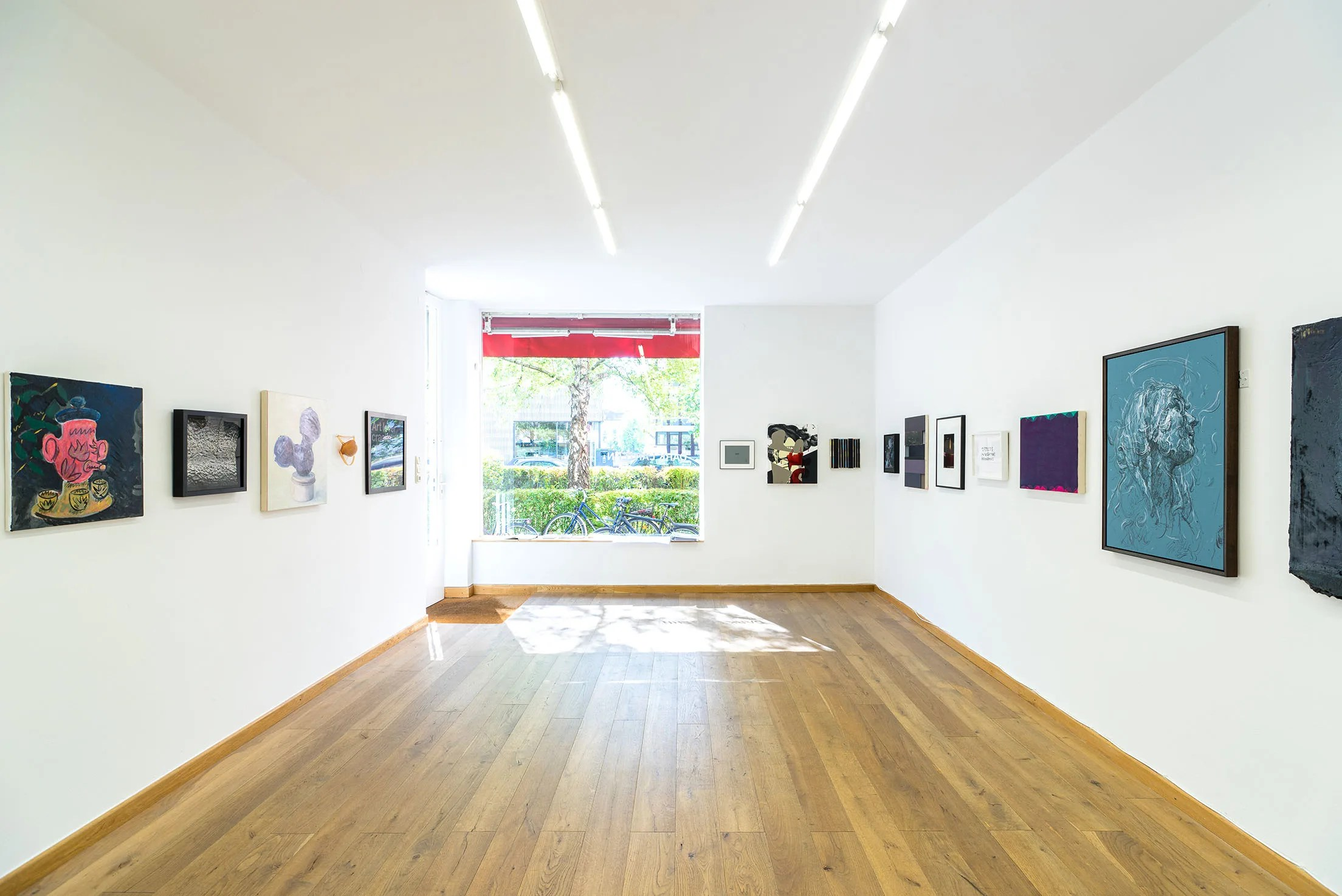 DARK LANTERN installation view, 2019