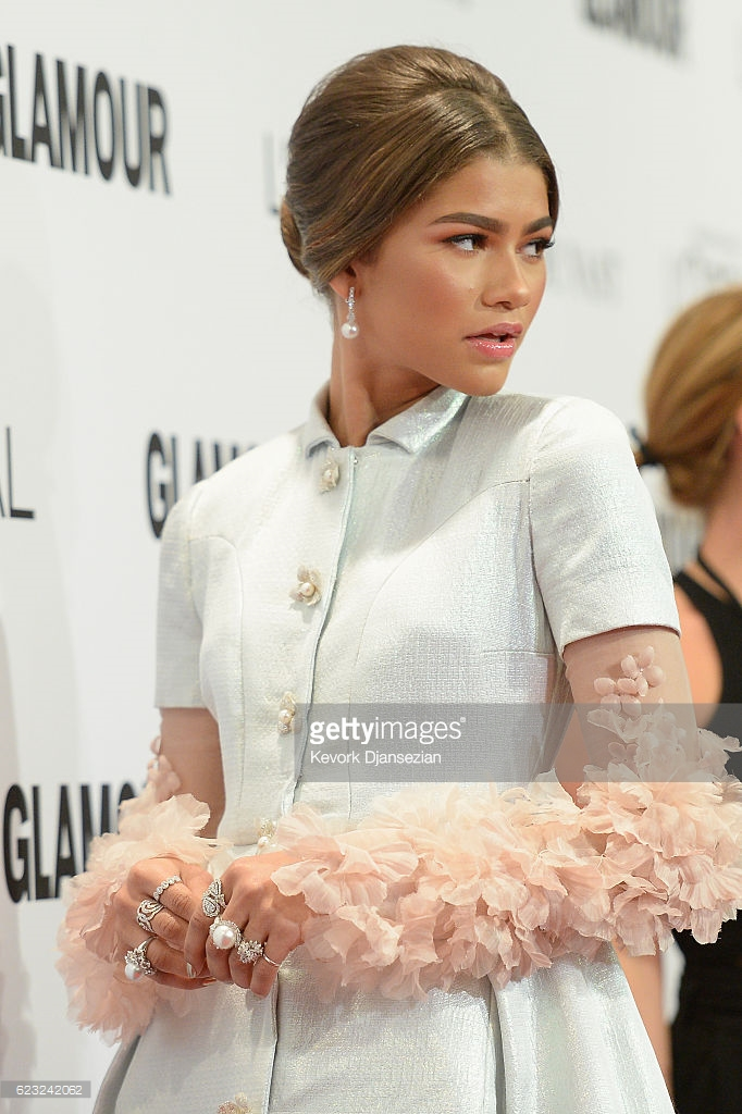 attends Glamour Women Of The Year 2016 at NeueHouse Hollywood on November 14, 2016 in Los Angeles, California.