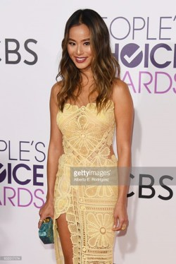 attends the People's Choice Awards 2017 at Microsoft Theater on January 18, 2017 in Los Angeles, California.