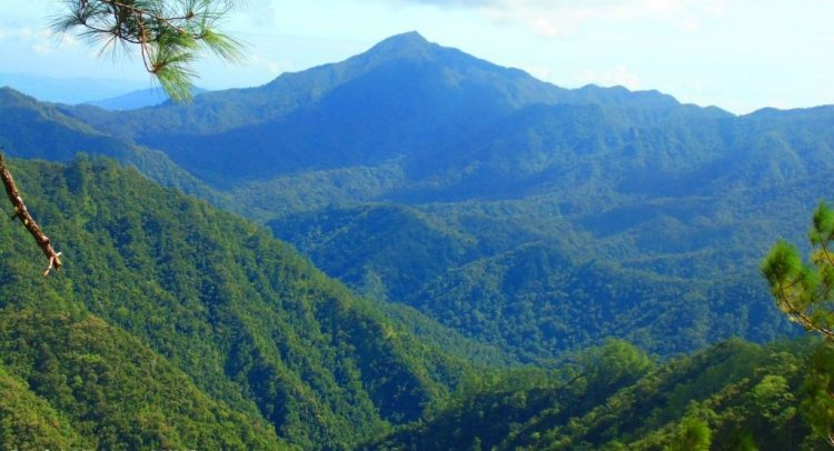 Mountain views as seen on the way to Sayang Mossy Forest Philippines