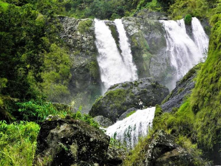 Pekaw/Pikaw Falls. One of the tourist spots in Bakun, Benguet.