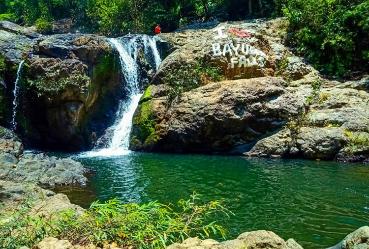 Bayugan Falls is one of the famous Apayao tourist spots.