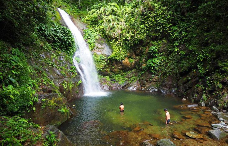 Imugan falls is one of the tourist spots in Nueva Vizcaya,