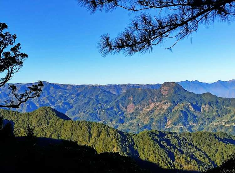 Enchanting mountain views as sseen from the trail to Mt Kalawitan