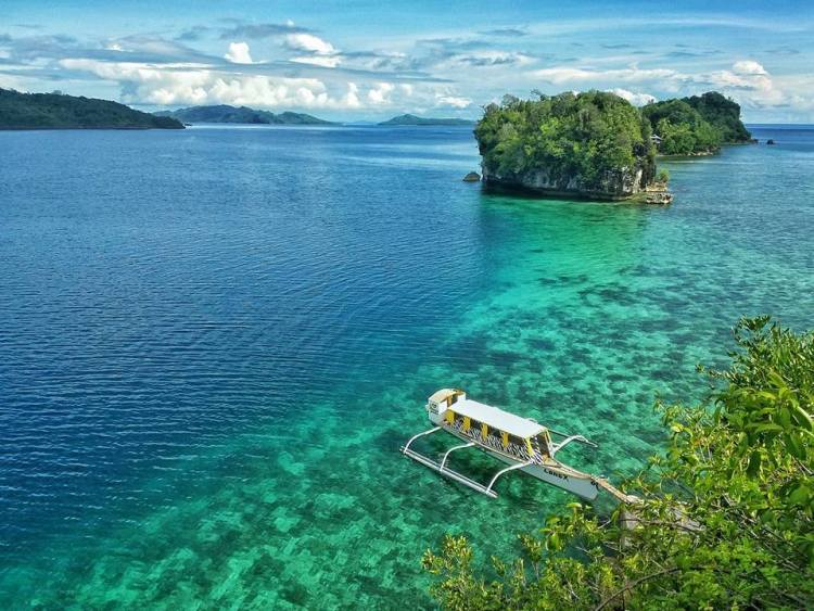 Isla Aga is one of the pristine Dinagat Island tourist spots.