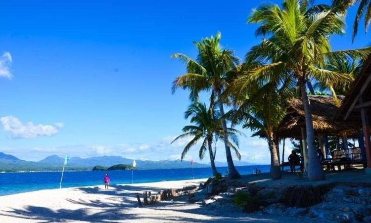 Dalutan Island is one of the tourist spots in Biliran Island