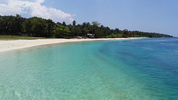 Manisan Beach is one of the best Sulu tourist spots/Sulu attractions