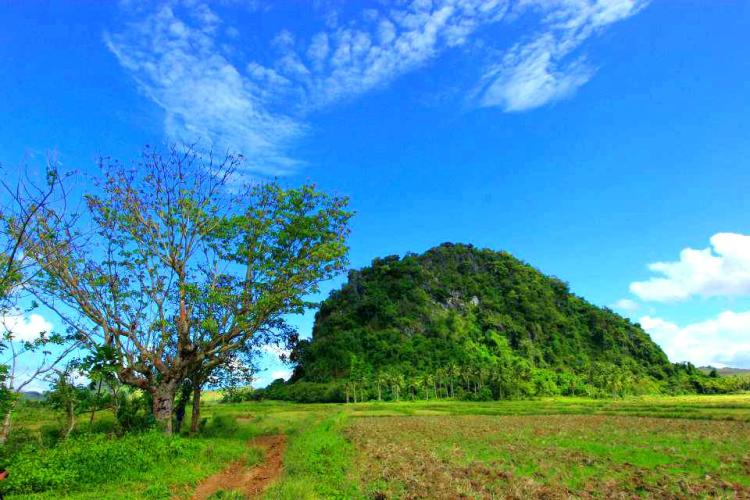 Bat-ongan Cave is one of the best tourist spots/attractions in Masbate province