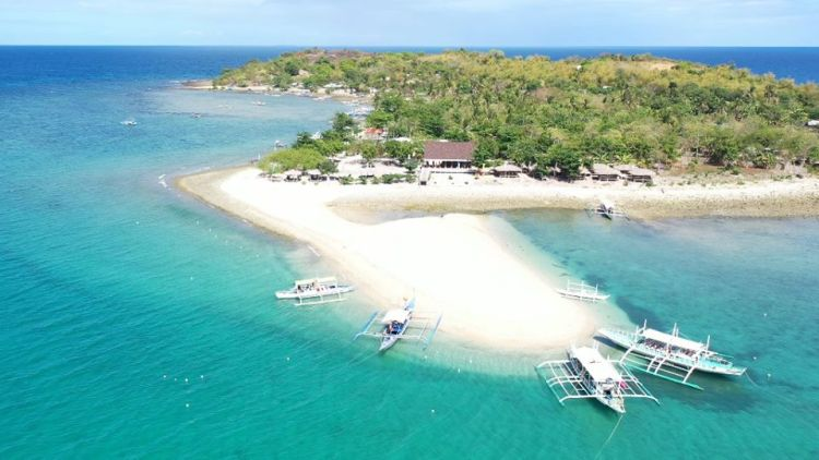 Concepcion Islands is one of the best Iloilo tourist spot