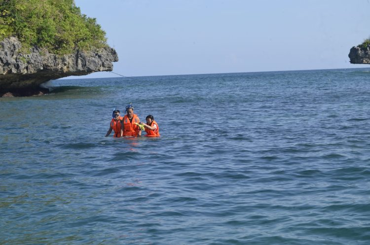 Swimming at Hundred Islands National Park in Pangasinan