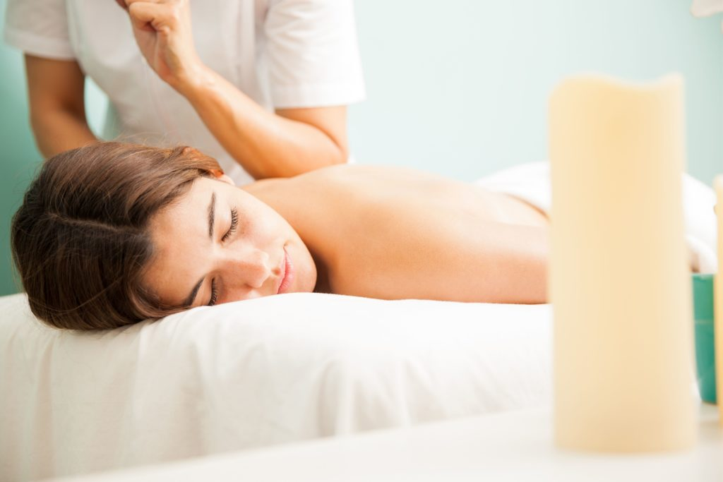 Lomi lomi massage offered at the best spas in Hawaii