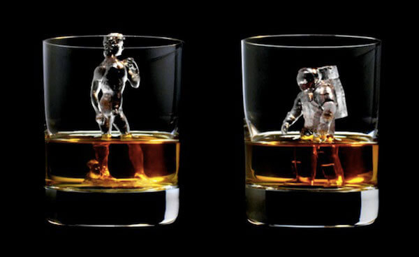 Cool 3D-milled ice cubes resemble an Astronaut & Michelangelo's David
