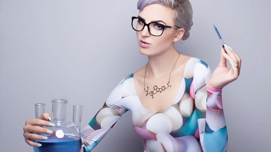 Gorgeous molecular structure necklaces from common drugs