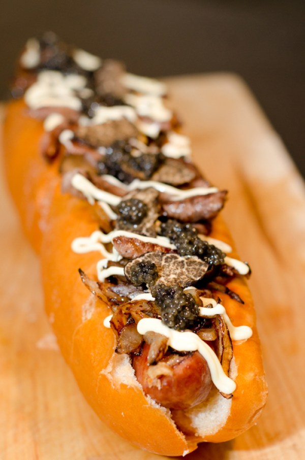 Juuni Ban: The world's most expensive hot dog