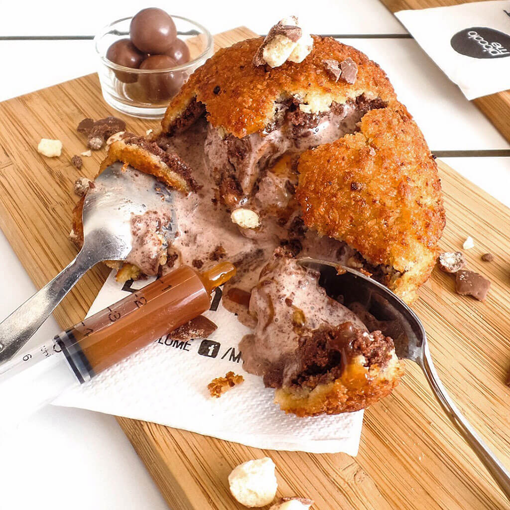 Fried Maltella: Nutella ice cream ball