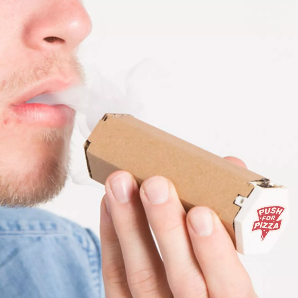 pizza-box-transforms-into-weed-pipe-3