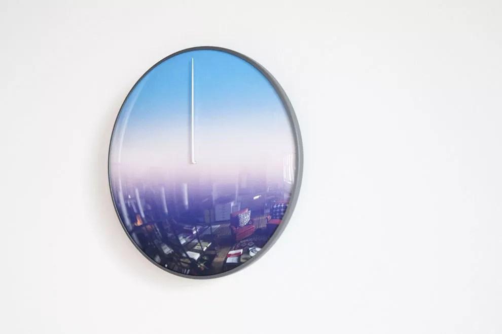 today-minimalistic-clock-2