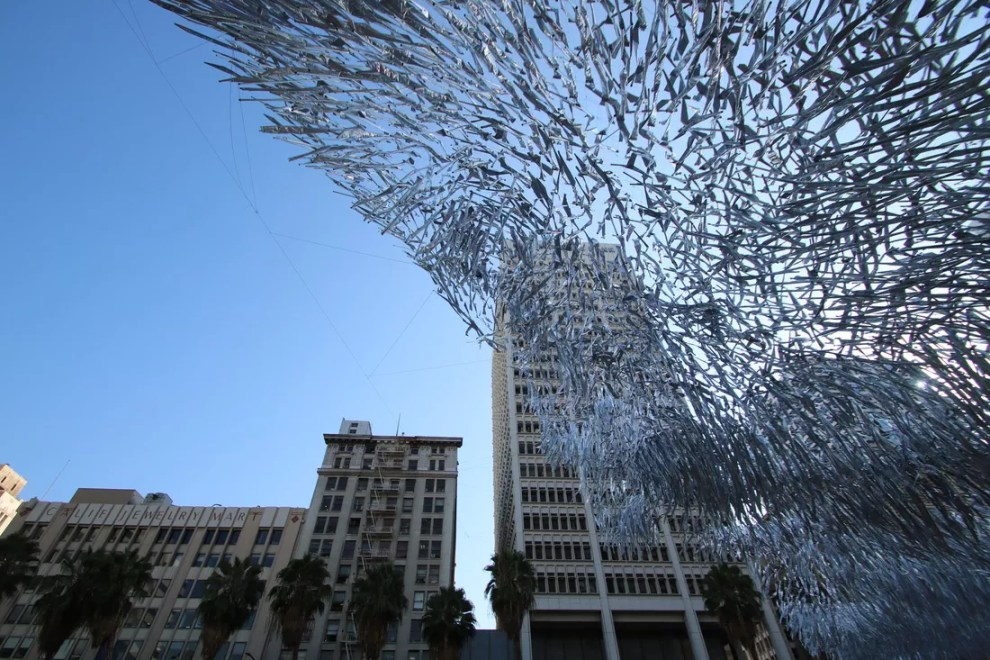 kinetic-sculpture-makes-waves-pershing-square-4