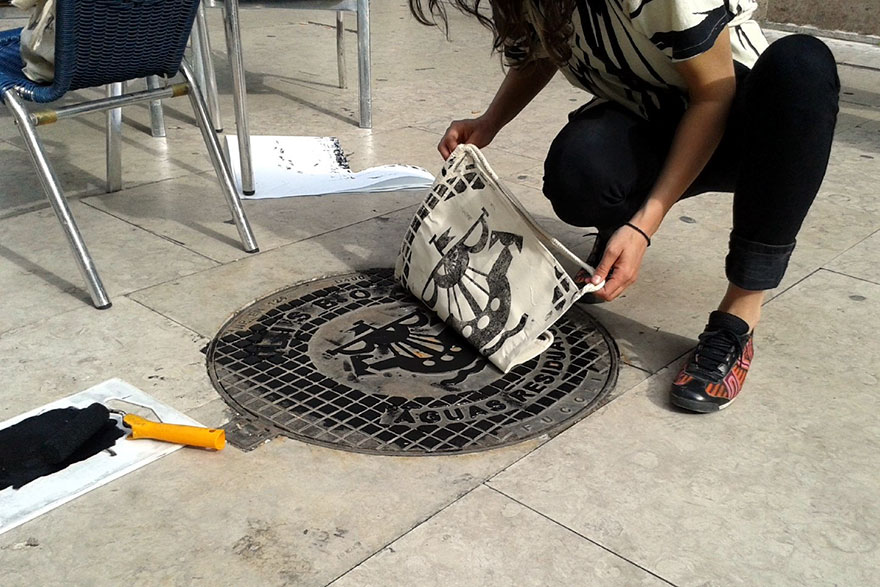 pirate-printers-sewer-covers-print-bags-shirts-3