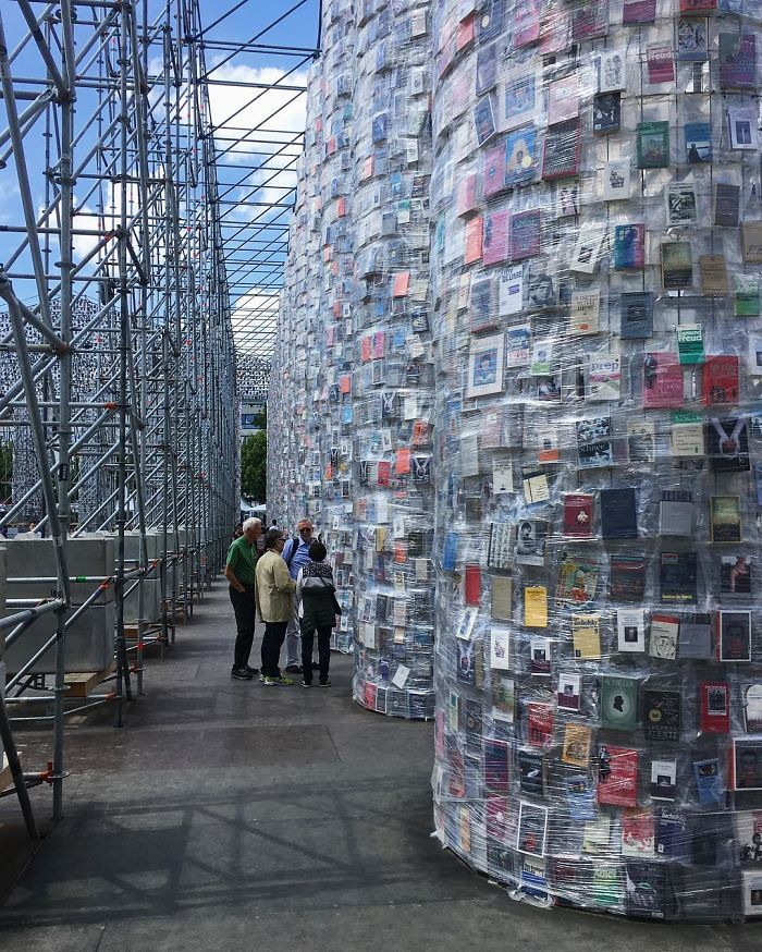 100,000 banned books are used to build a full-size Parthenon