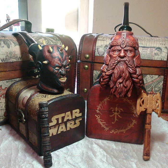 Sculptor turns blocks of wood into intricately detailed pipes of Sith and Dwarf