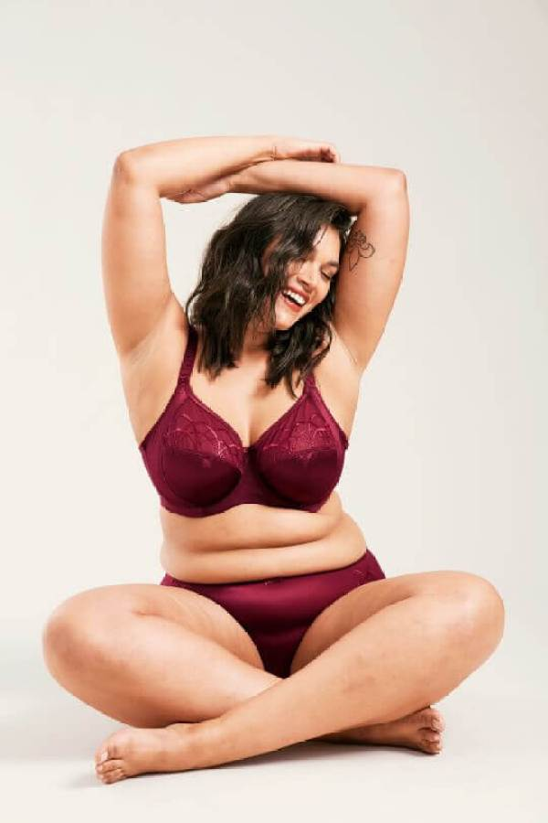 Figleaves lingerie campaign bans airbrushing with model Jennifer Atilemile