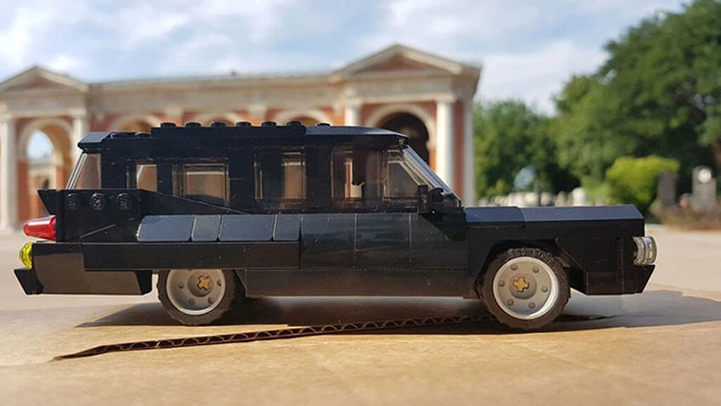 Funeral LEGO hearse