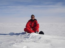 360* of ICE ... Antarctica in the middle of no where ... Plateau