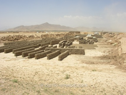 danilo-amelotti-com-close-protection-enduring-freedom-bagram-kabul-bricks-factory