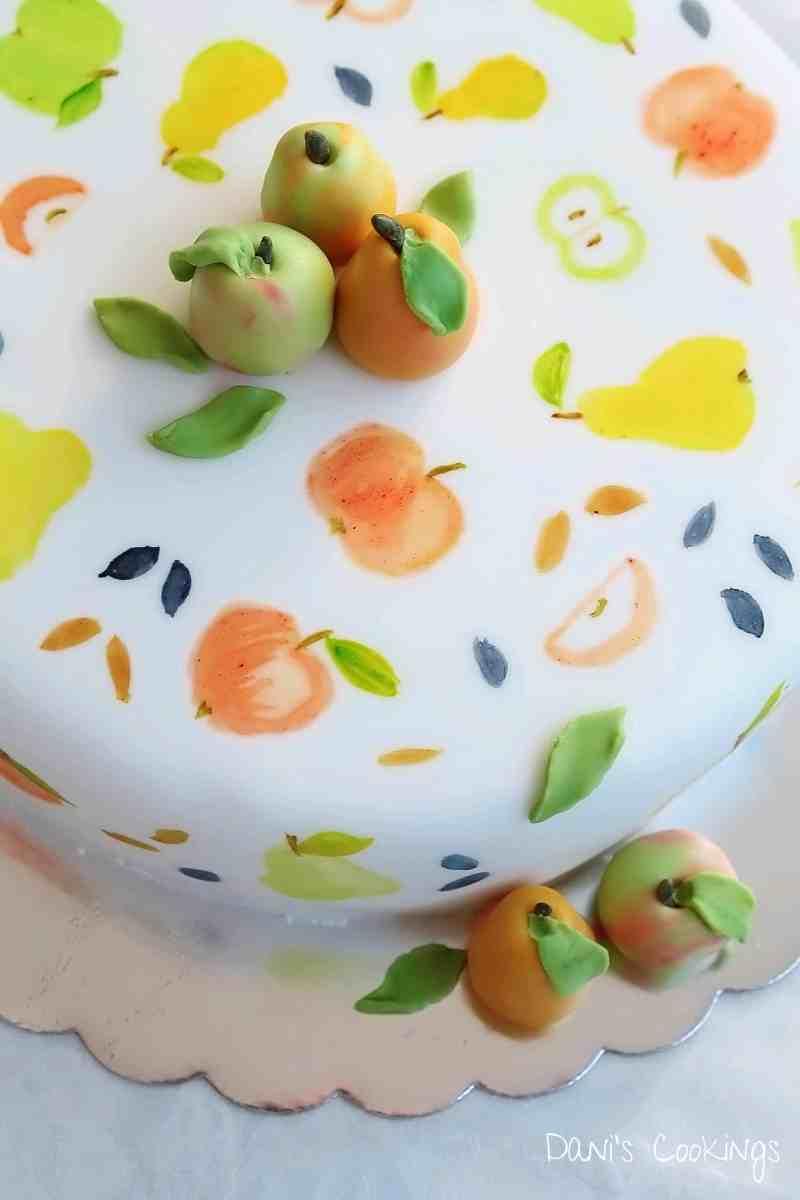 [:en]How to make a cake with fondant fruits[:bg]Торта с плодове от фондан[:]