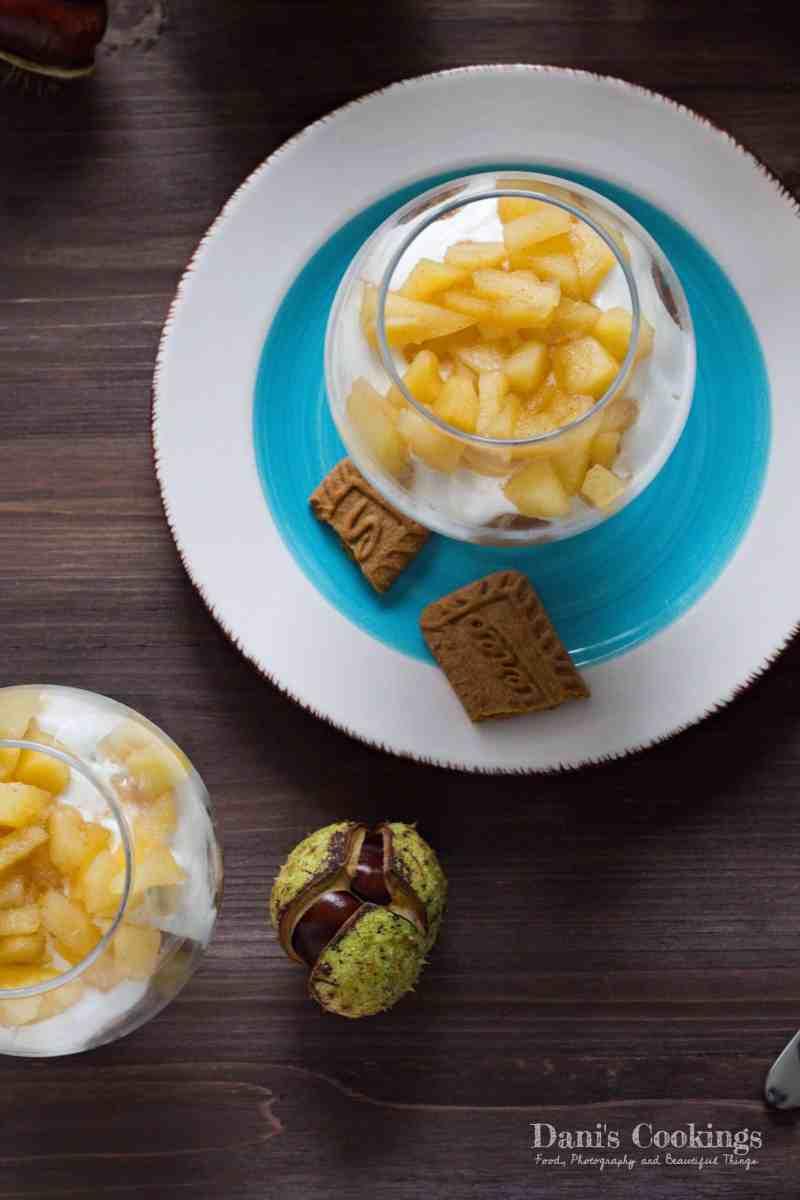 [:en]Easy Honey Apple Yogurt Dessert in a Glass[:bg]Лесен десерт с ябълки, цедено кисело мляко и мед[:]