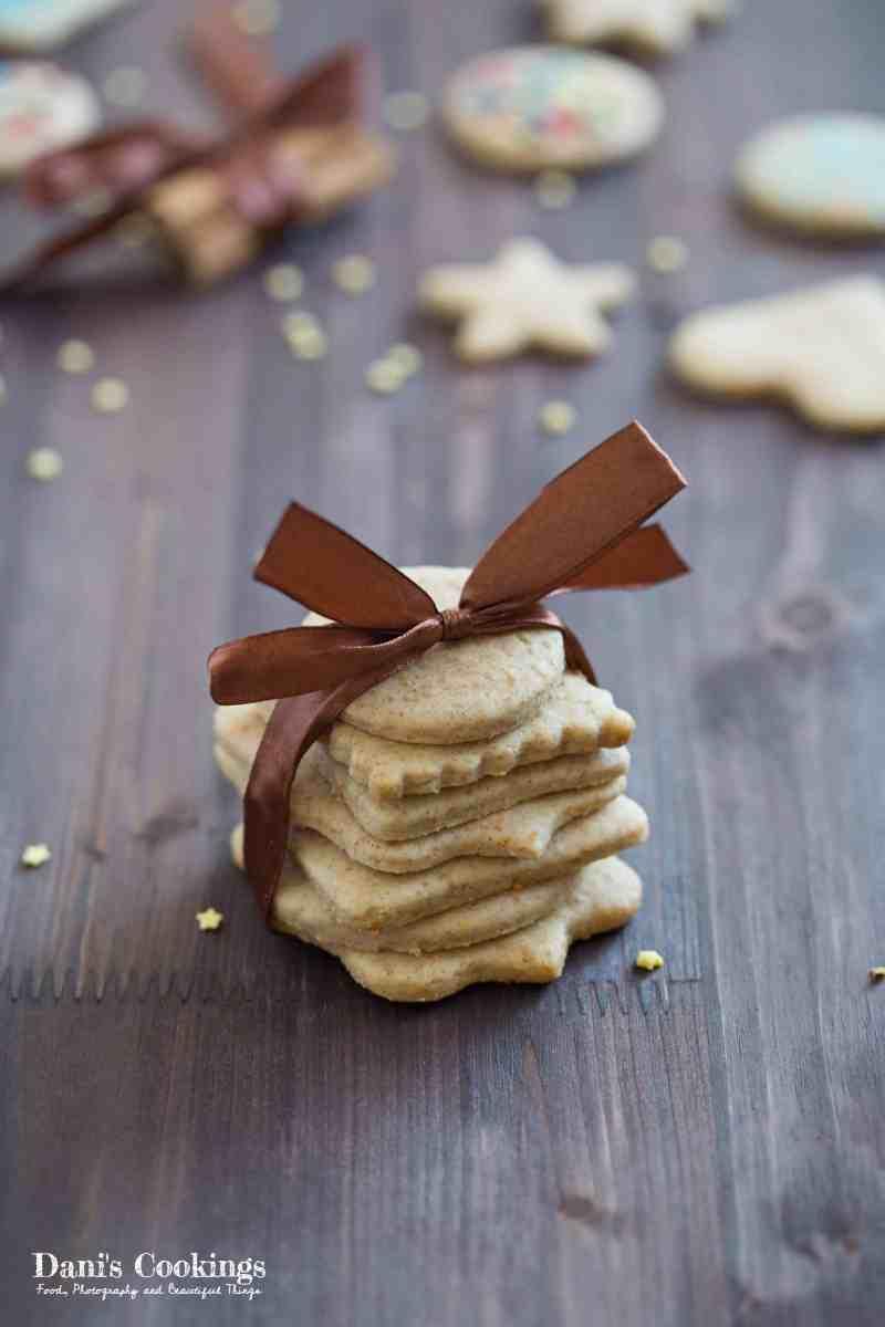 [:en]Last Minute Honey Gingerbread Cookies[:bg]Бързи и лесни джинджифилови меденки[:]