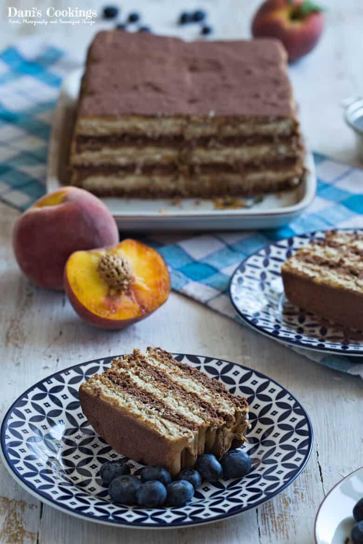 [:en]Easy Icebox Cake with Dulce de Leche[:bg]Трицветна бисквитена торта с дулсе де лече[:]