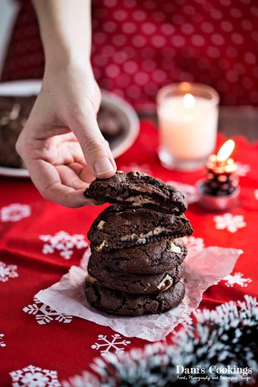 [:en]Double Chocolate Cookies with Cheesecake Filling[:bg]Двойно шоколадови сладки с чийзкейк пълнеж[:]